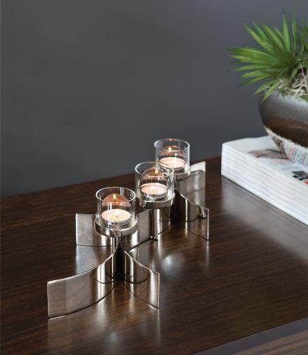"""Fink Teelichthalter, 3-flammig """"MELODY"""" Metall silber vernickelt Höhe 11 cm Breite 17 cm Tiefe 48 cm"""