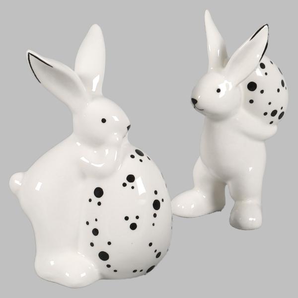 Osterhase 2er-Set Keramik Hase weiß, mit Ei, schwarz gepunktet 14 cm Höhe