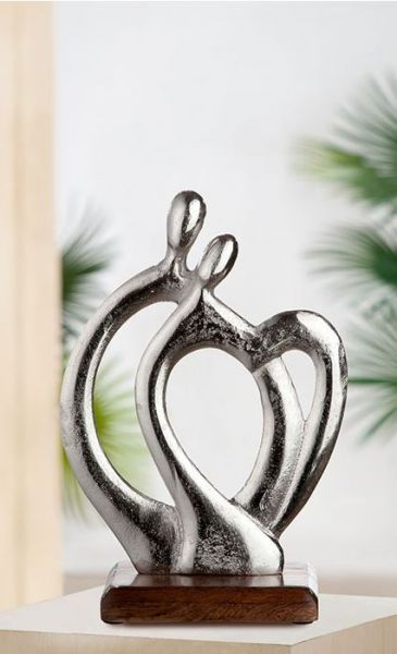 """Skulptur """"Behaglichkeit"""" aus Aluminium, Sockel aus Mangoholz"""