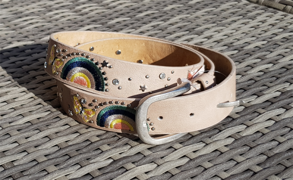 Damen - Gürtel Stickerei STRASS Nieten LEDER VINTAGE beige, 95 cm